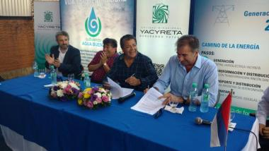 GERARDO MARTINEZ SIGNED AGREEMENT WITH THE BINATIONAL YACYRETÁ ENTERPRISE (EBY) FOR PROFESSIONAL TRAINING
